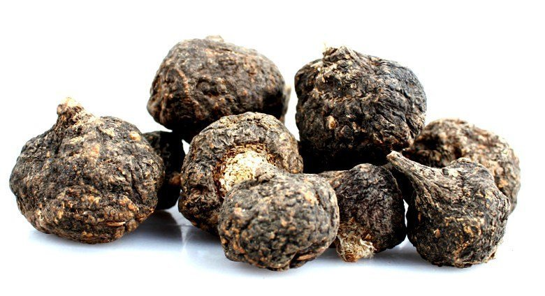 black maca root